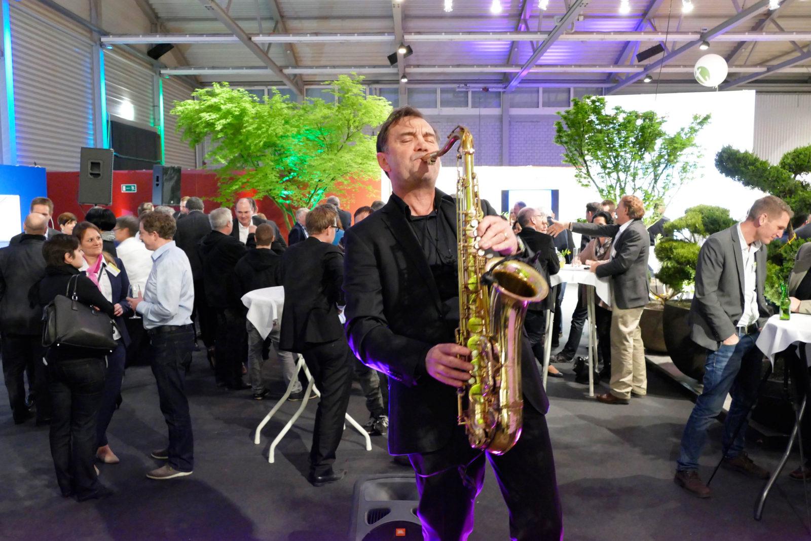 Saxophon Messeauftritt Mister Saxr