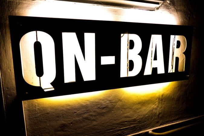 qn-bar-zuerich-vives-mister-und-mrs-saxr-live_01